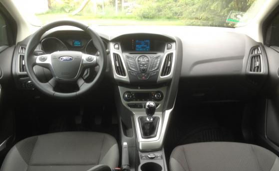 (D1d) Ford Focus Diesel Full Extra Models 2014